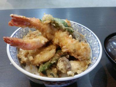 富塚町の天はる天丼